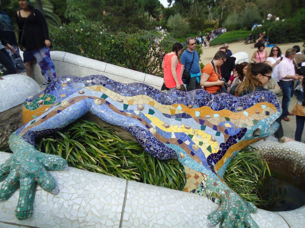 Famous Mosaics of Antoni Gaudi (1/3)