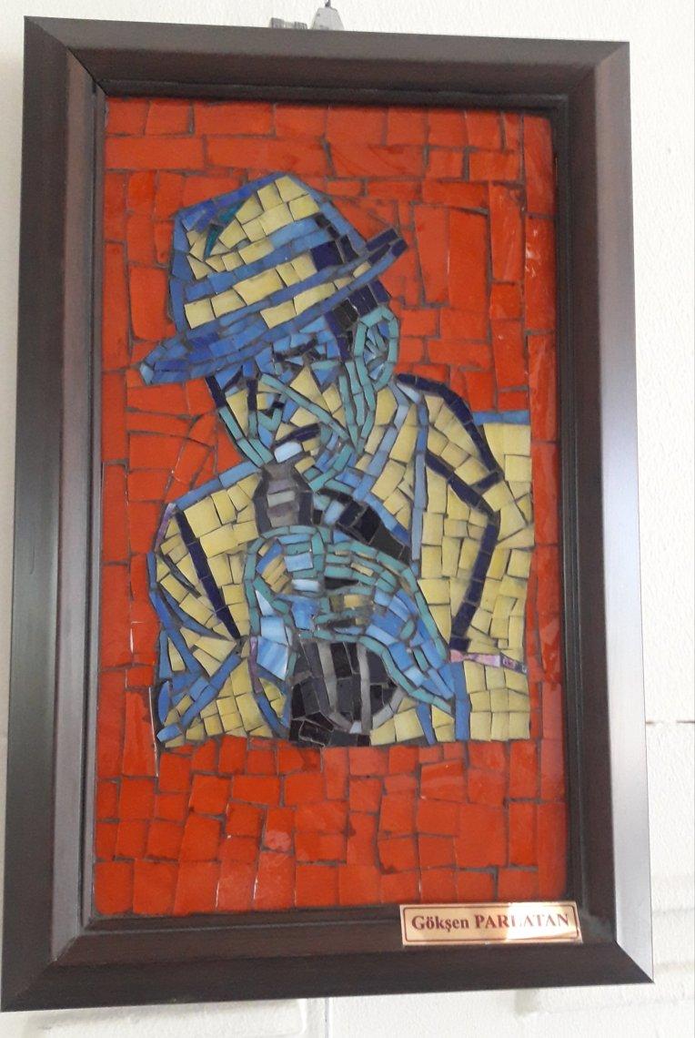 Mavi Adam Mozaik